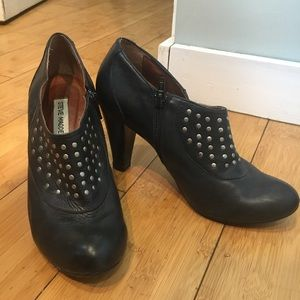 Steve Madden Leather Studded Booties